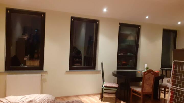 65qm Apartments mit ausgestatte Küche.