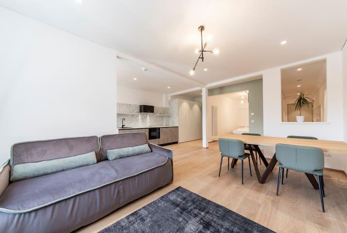 Cooper Apartment 5