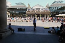 Street Entertainment. Covent Garden Piazza