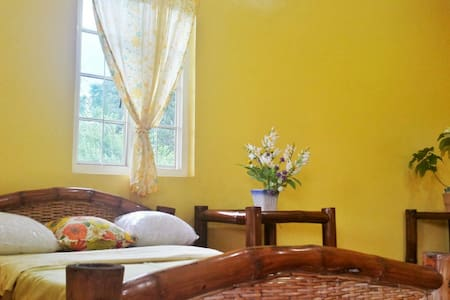 Yellow Room - Bagakay G. Residence - Ozamiz City