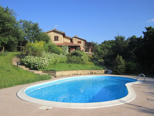 Colle della Sibilla - country house - Sarnano - House