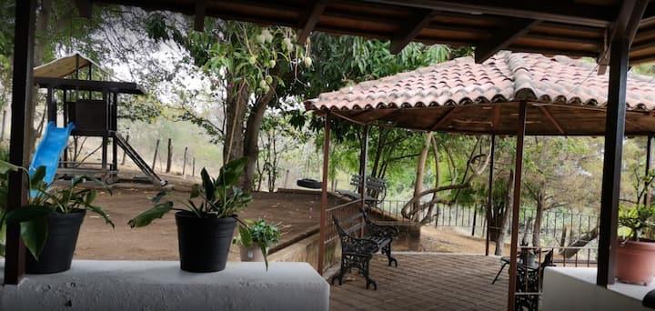 Rancho Covechadel - Comala