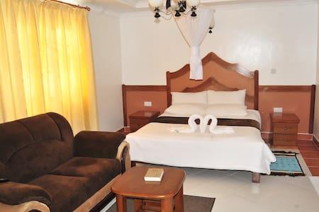 Acacia gardens Hotel - ไนโรบี - ที่พักพร้อมอาหารเช้า