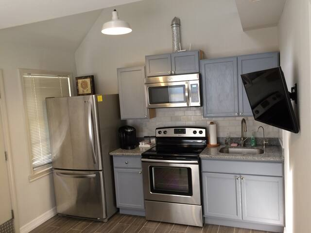 Newly Remodeled Guest Loft at Galleria - Houston - Guesthouse