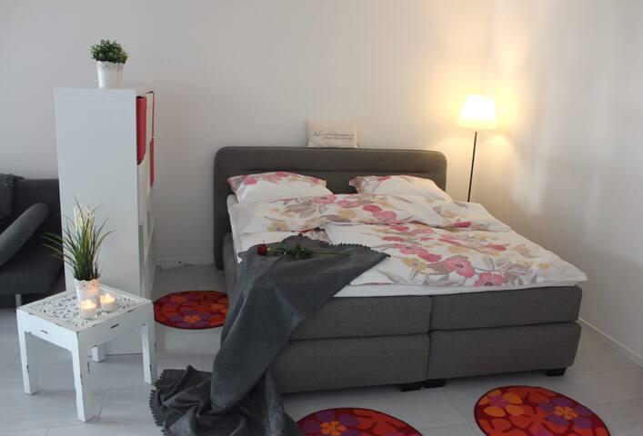 Charmante Terrassenwohnung mit Meerblick inkl WLAN - Lübeck - Appartement