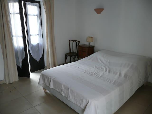 Maison à Vico refaite à neuf 15mn plages de Sagone - Vico - Casa