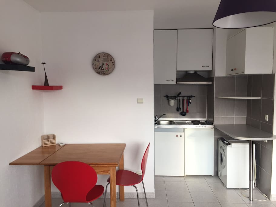 Kitchenette and Working Place