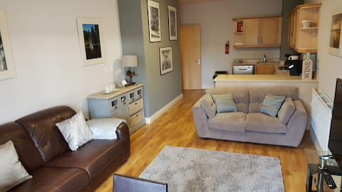 Spacious apt in lovely grounds in Breaffy. Mayo.