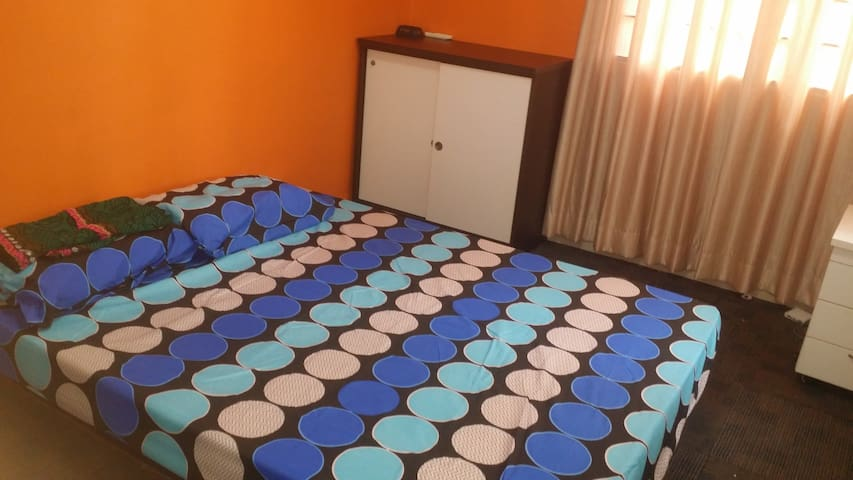 Clean and convenient location bed - Puchong - Casa