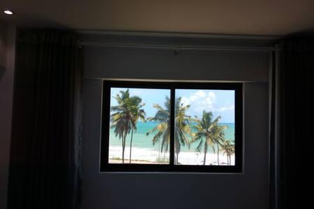 Lindo, novo e exclusivo Apartamento com Vista Mar