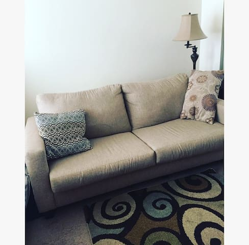 Living room in West Hollywood near Runyon park - Los Angeles - Apartment