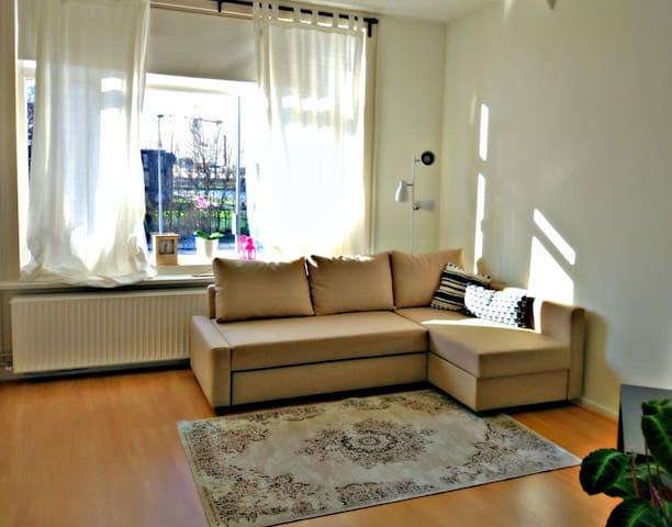 Bright & Spacious Studio near UMCG and City Center