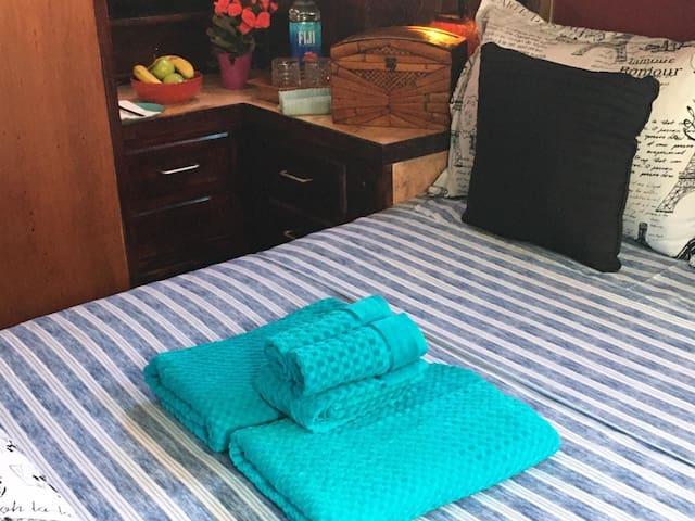 Cosy  bed  in Marina Del Rey next to Ritz Carlton