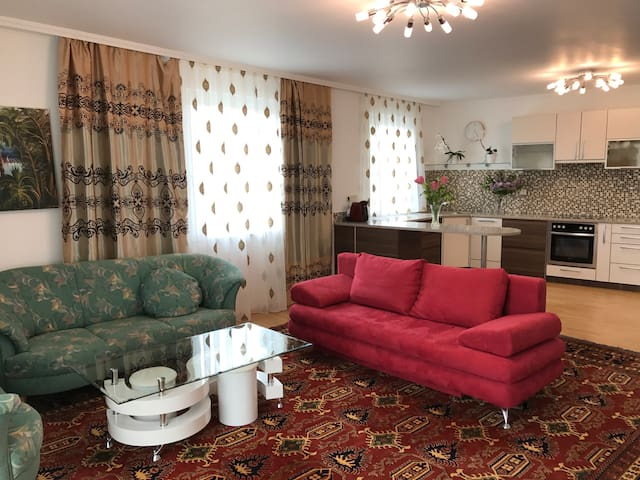 Private Zimmer mit Garten - Viena - Casa
