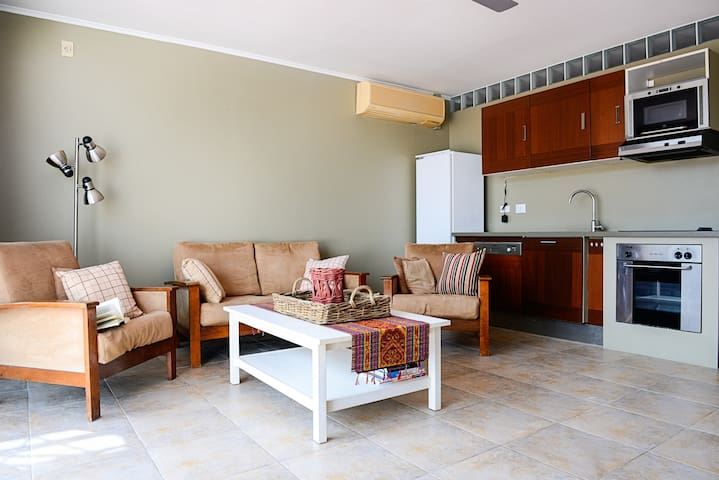 Caribbean Court 2BR Waterfront apartment - Kralendijk - Daire