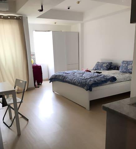 Cozy studio apartement in west jkt - west Jakarta - Daire