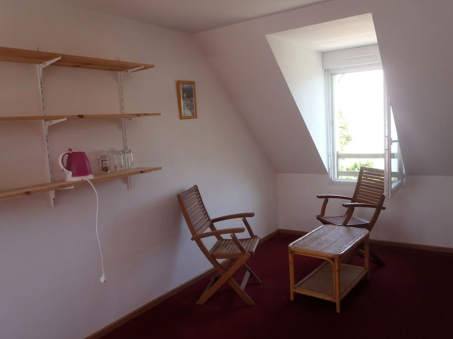 Double room saint pierre quiberon houses for rent in for Fenetre 50x70