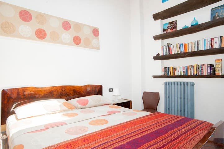 Cosy double room + farm breakfast - Dozza - Bed & Breakfast