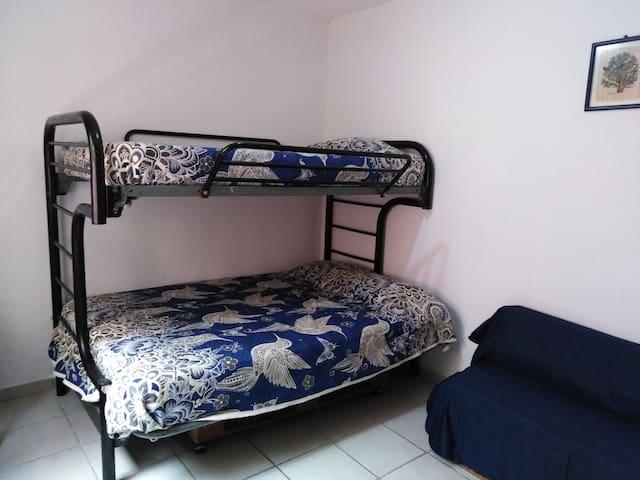 Casa y alberca 10 min de la playa Ixtapa Zihua Gro
