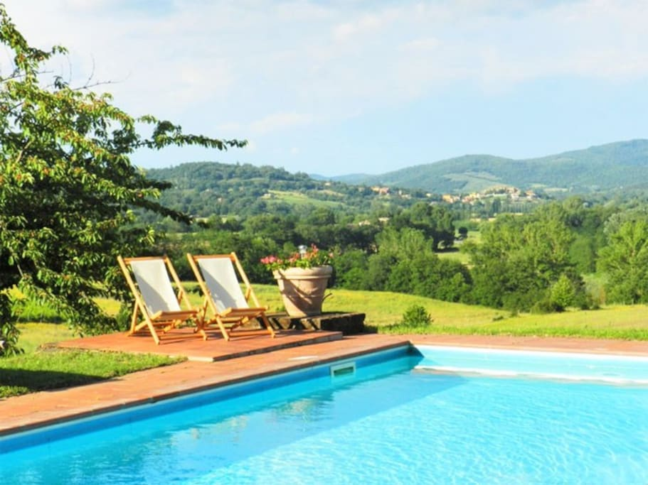 The Villa and private pool stands in a panoramic position overlooking the unspoiled valley below