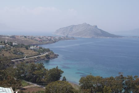 Villa in Aegina with excellent view - Nisi - Huvila