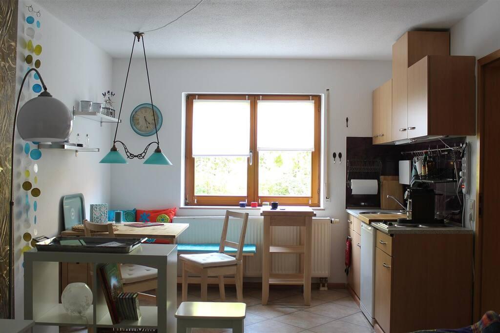erweiterbarer Essbereich mit Küchenzeile