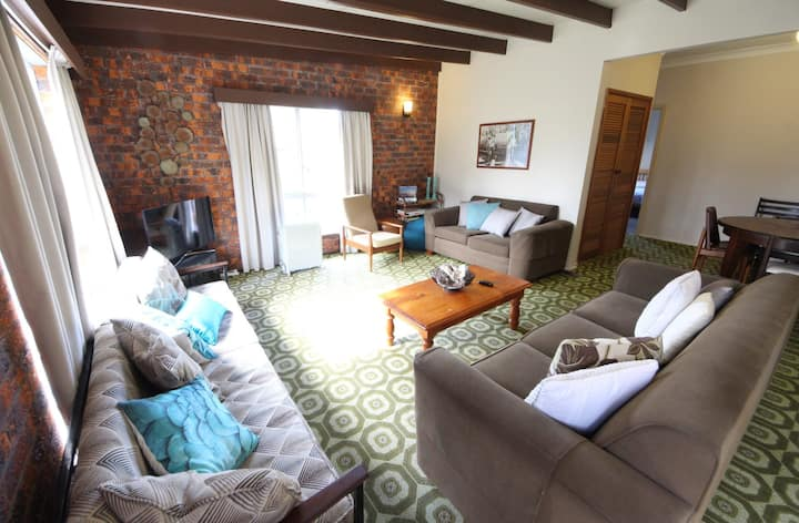 Muller's Cottage at Hat Head (Pet Friendly)