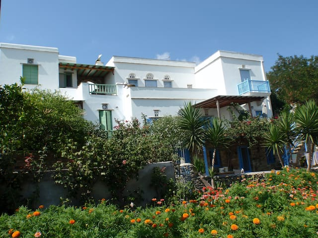 Tinos accommodation with tradition - Karia - Byt