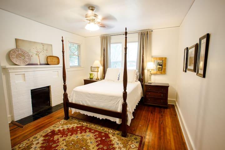 Main bedroom has one queen bed