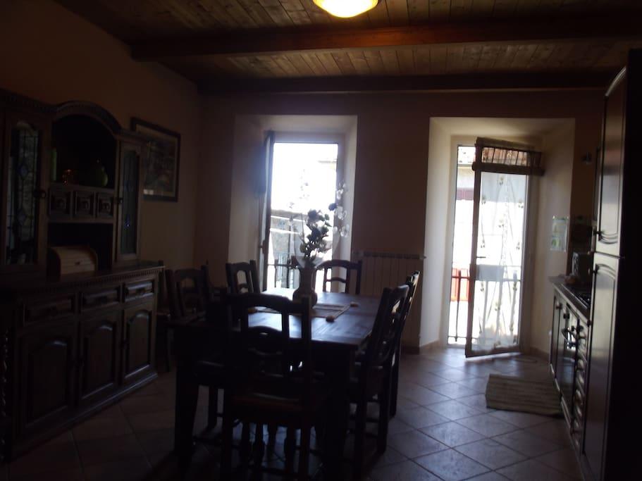 Kitchen/balcony