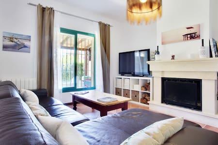 Beautiful penthouse room-suite - San Roque