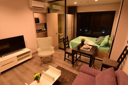 30sqm 1BR, rooftop pool&gym, riverside condominium
