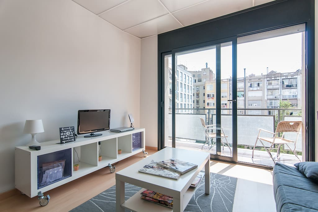Familiar charming eixample rambla appartamenti in for Appartamenti eixample barcellona