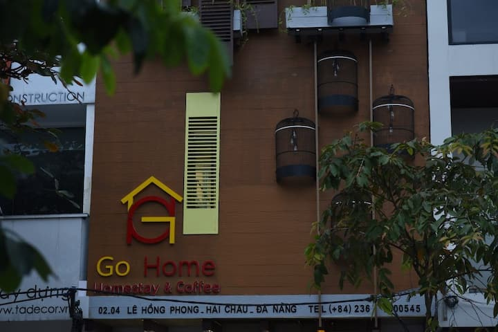 GOHOME HOMESTAY (MIX 8 BEDS ROOM)