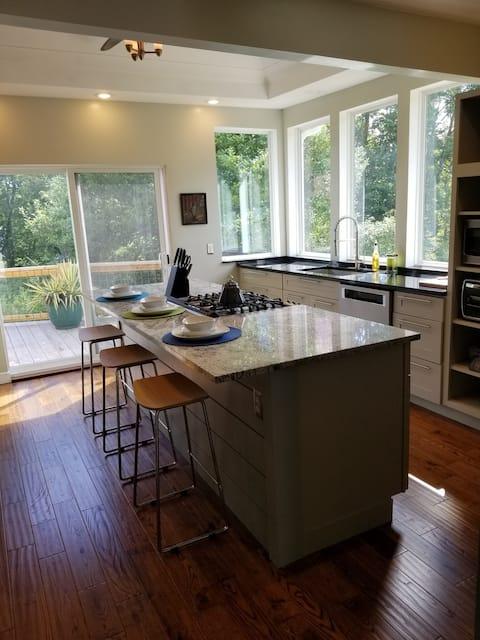 Casa convenientemente ubicada entre Blfd y Princeton