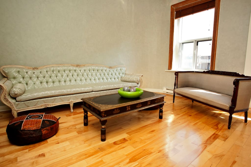 Amazing 2 bdr apartment (Old town)