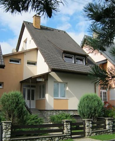 B&B 184 - 2-bed room no.2 - Stará Lesná - Гестхаус