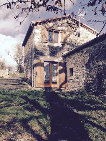 Maison en duplex refaite a neuf Lot et Garonne - Beauville - Casa
