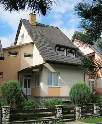 B&B 184 - 3-bed room no.4 - Stará Lesná - Гестхаус