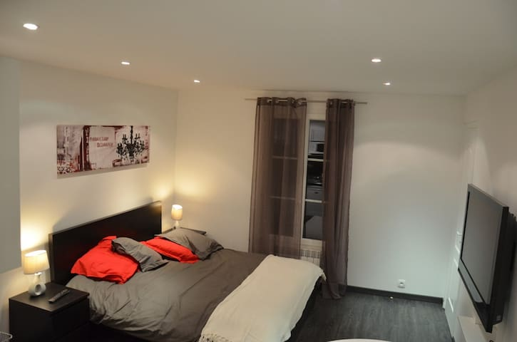 High standard Studio-Champs Elysees - Paris