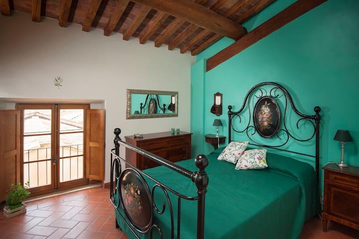 Antico Granaione B&B Mint Room