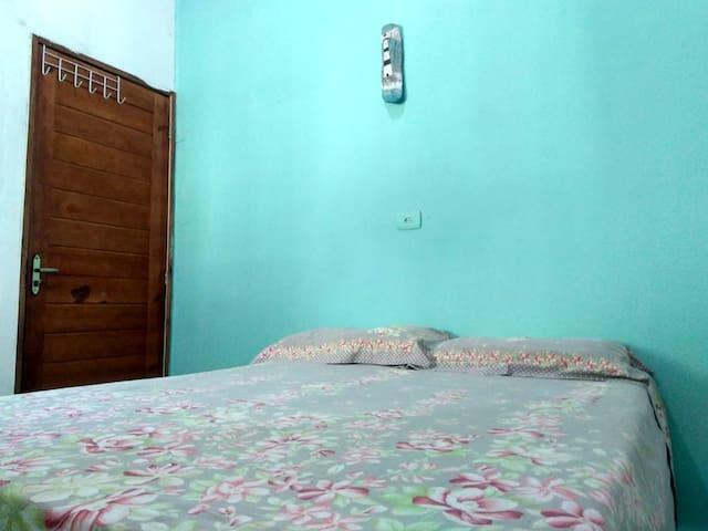 Terceiro quarto (com suite).