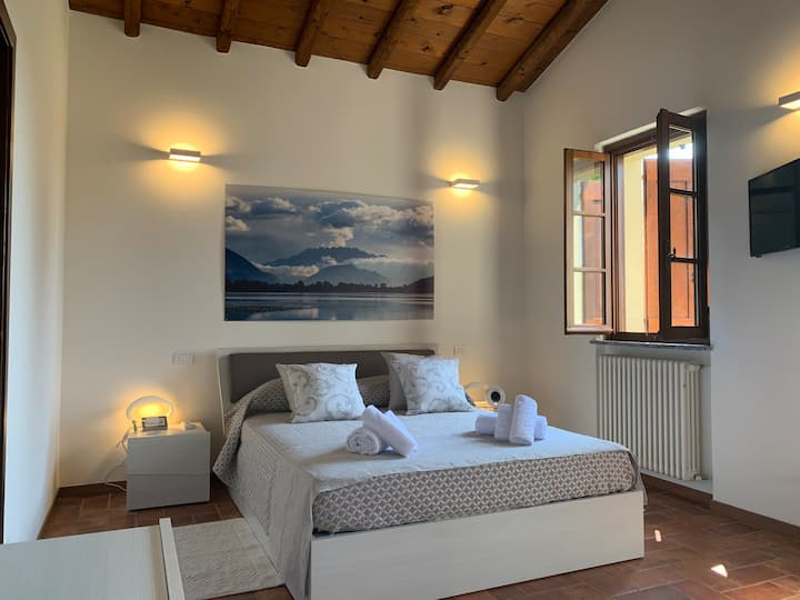 Charming apartment with garden in historical place
