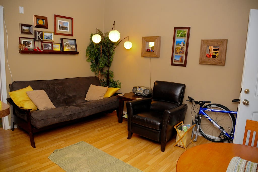 Cute Condo in Coolest Part of Town!