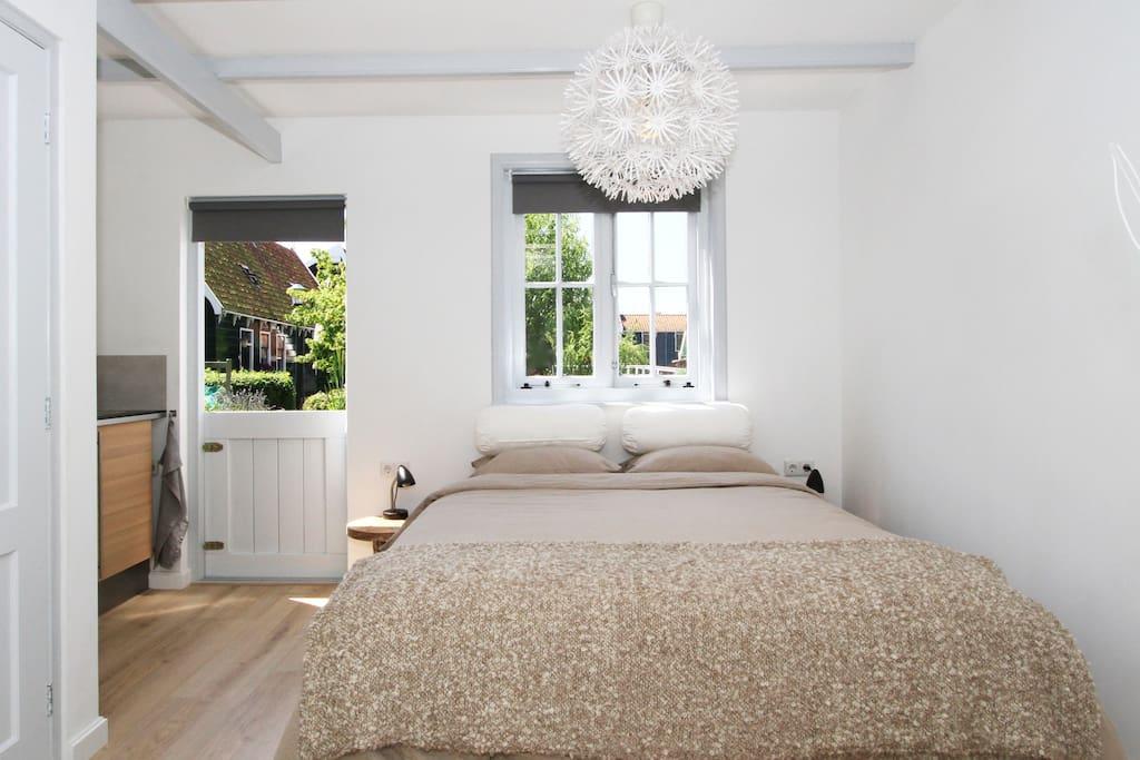 beautiful b b close to amsterdam zaanse schans chambres d 39 h tes louer zaandijk hollande. Black Bedroom Furniture Sets. Home Design Ideas