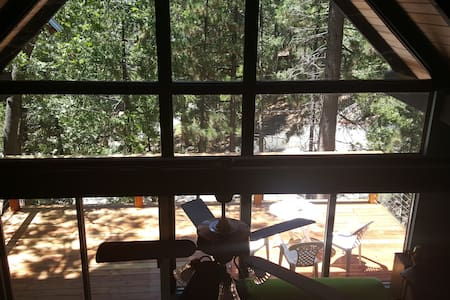 Cabin on a Hill - Quite Serenity - Idyllwild-Pine Cove