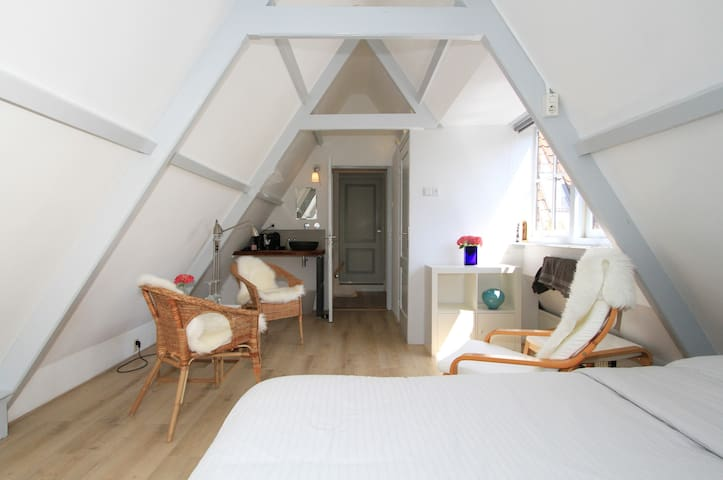 Beautiful B&B close to Amsterdam/Zaanse Schans 2 - Zaandijk - Bed & Breakfast