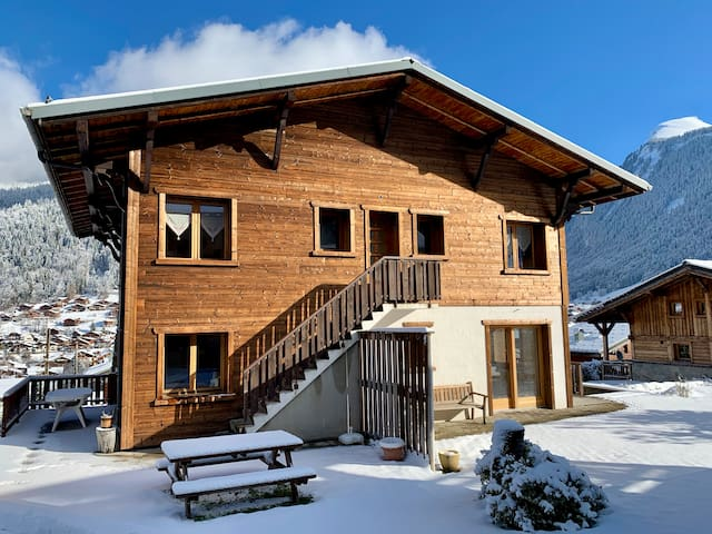 Lovely 1 bedroom with stunning view ski in/ski out