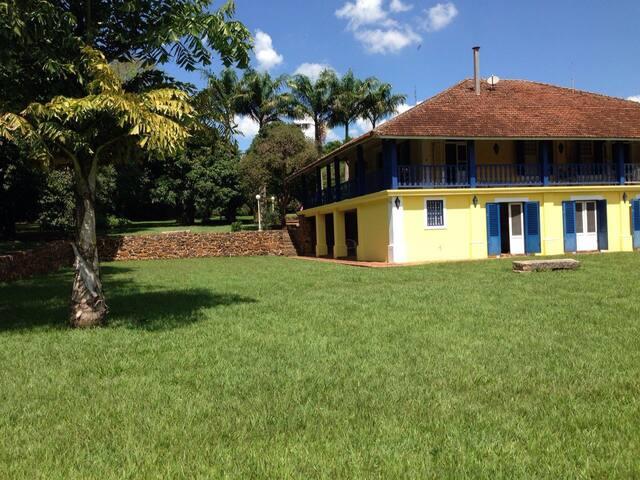 Sede de Fazenda Colonial - Porto Ferreira - Cabane