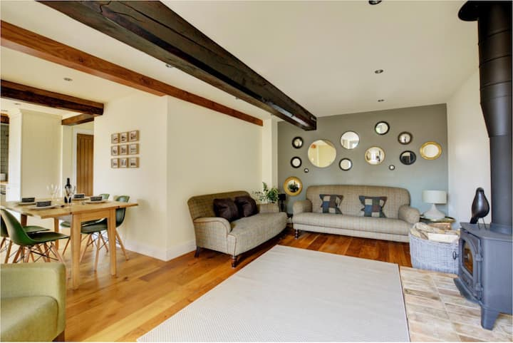 North Norfolk: Amazing 3-bed barn conversion.